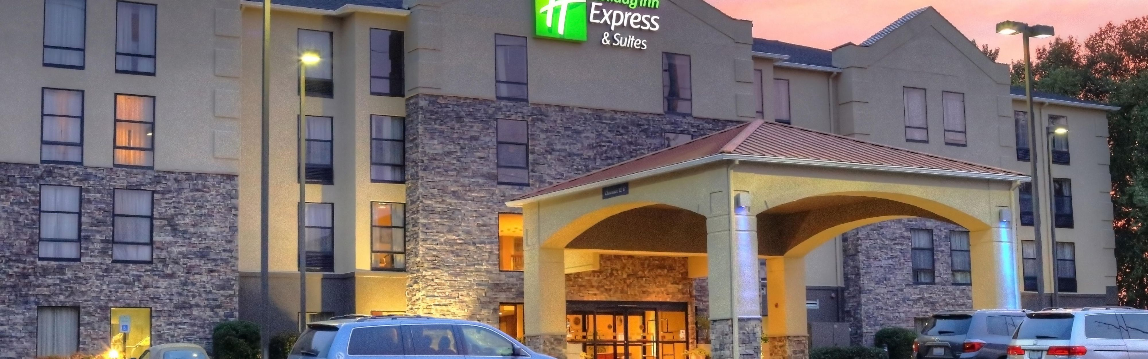 Holiday Inn Express & Suites Blythewood image 0