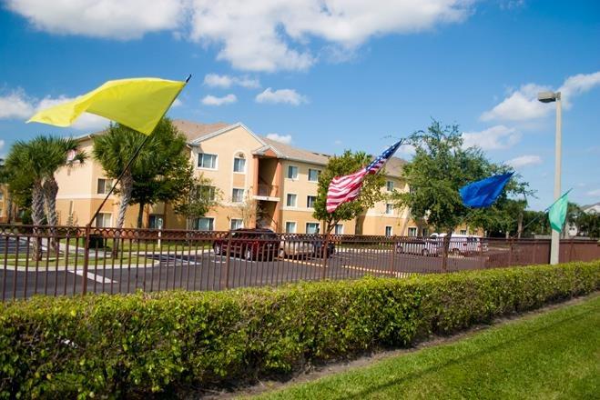 Waverly Apartments image 3