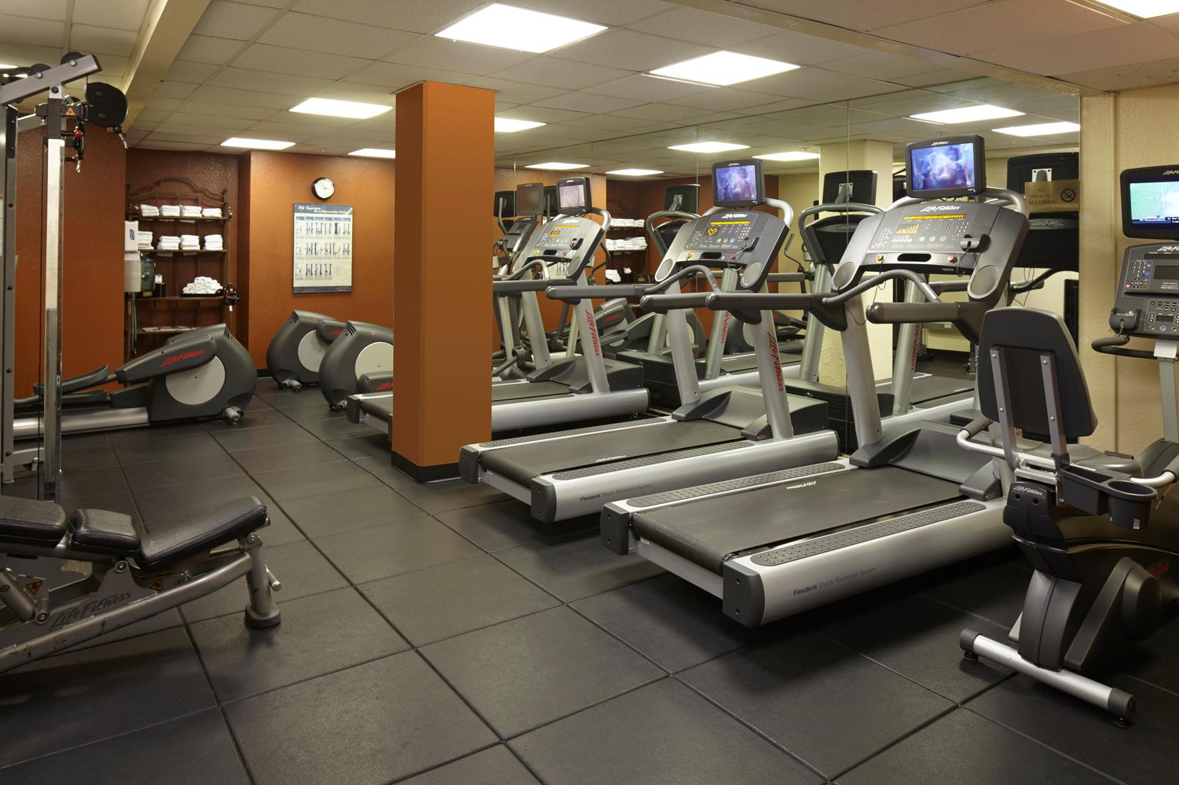 Residence Inn by Marriott Beverly Hills image 7