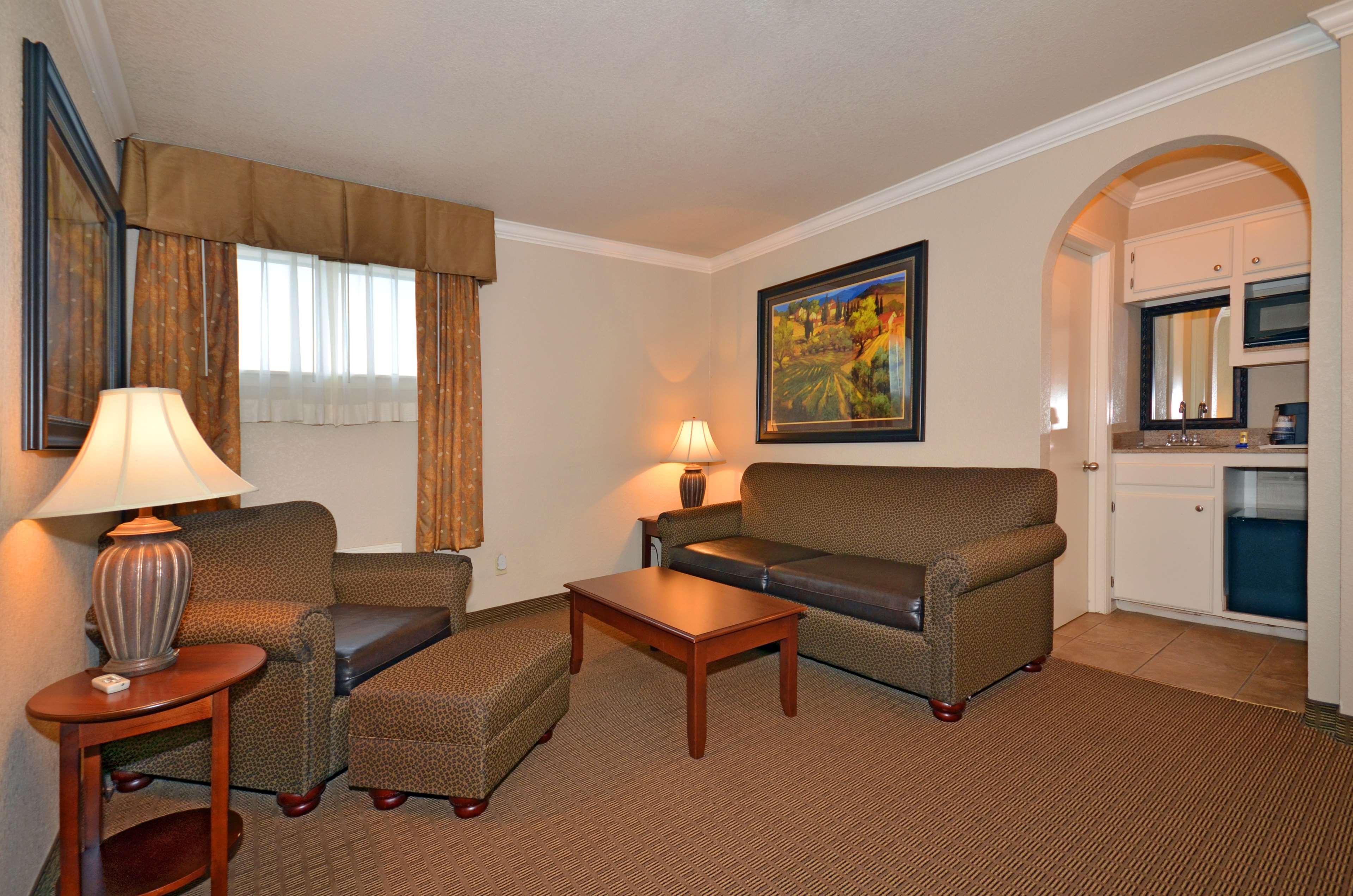 Best Western Inn of McAlester image 22