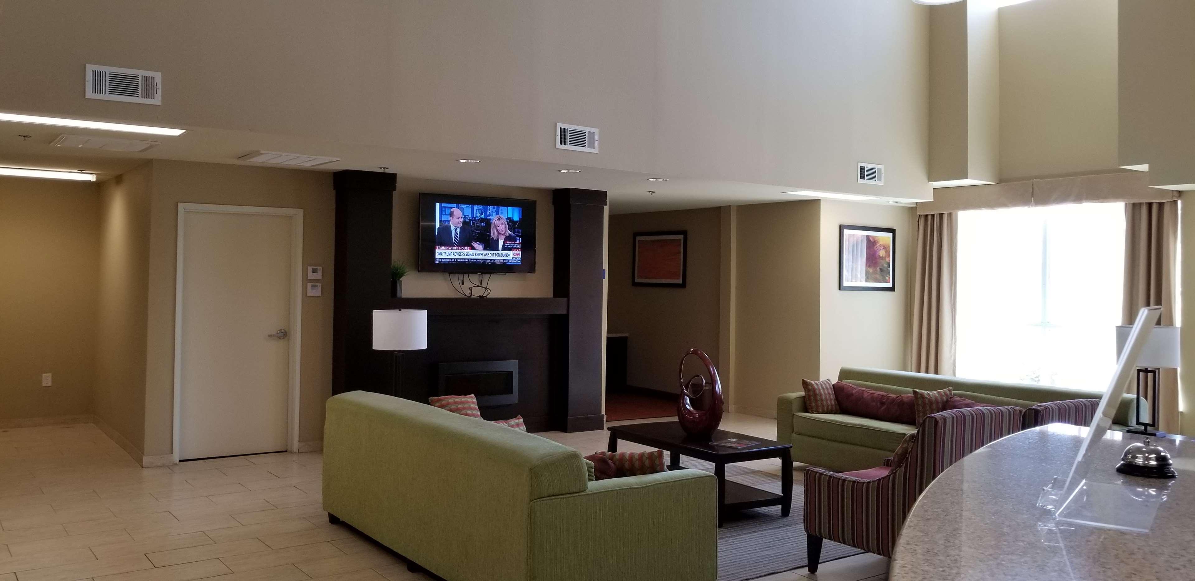 SureStay Hotel by Best Western Cotulla image 5