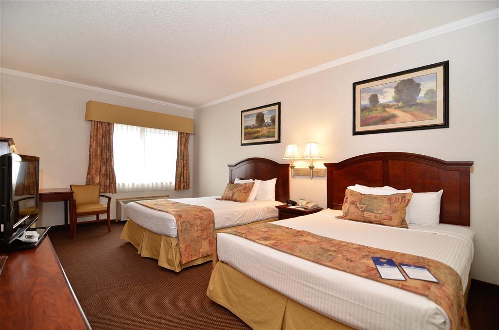 Best Western Inn & Suites image 4