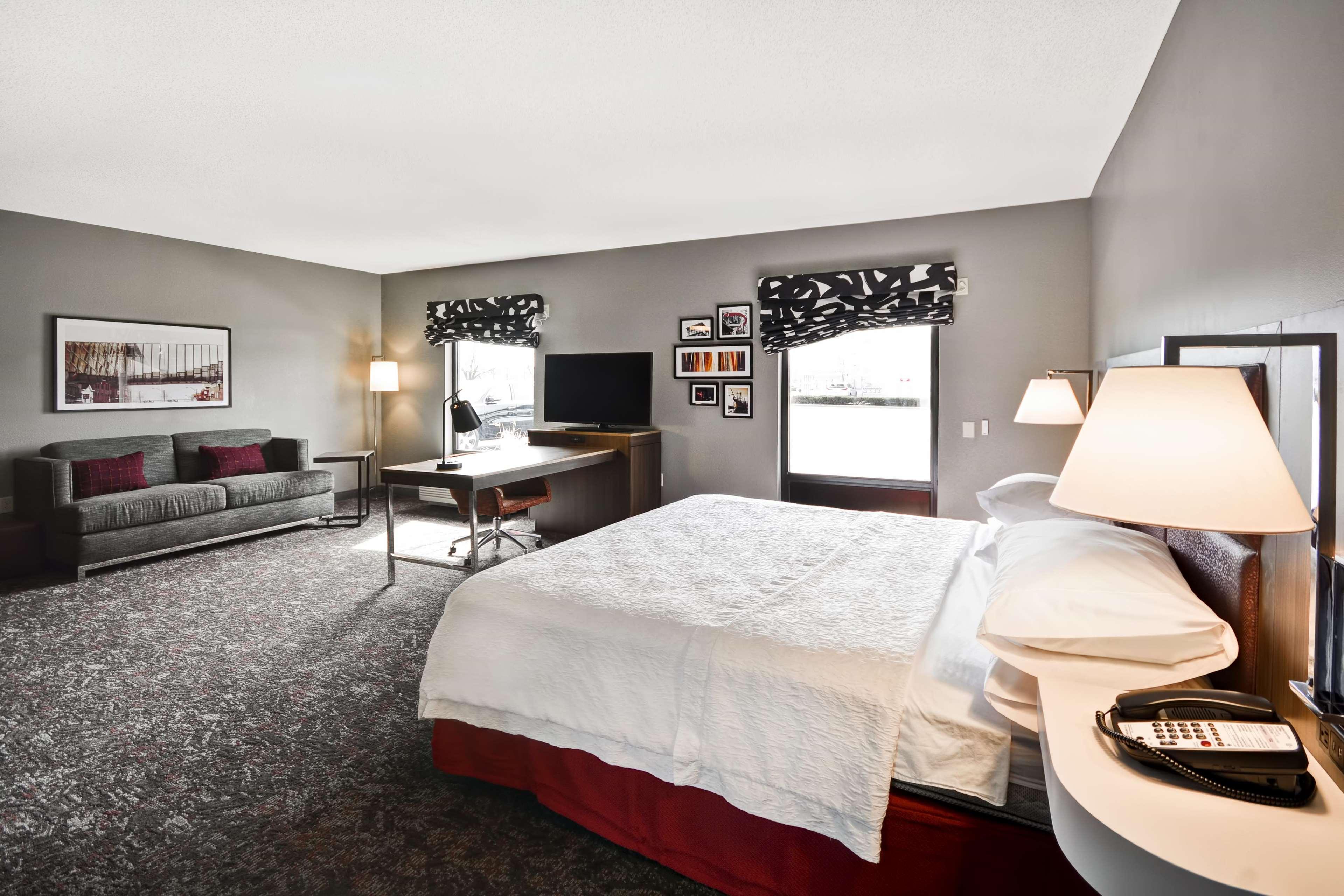 Hampton Inn & Suites Columbus-Easton Area image 55