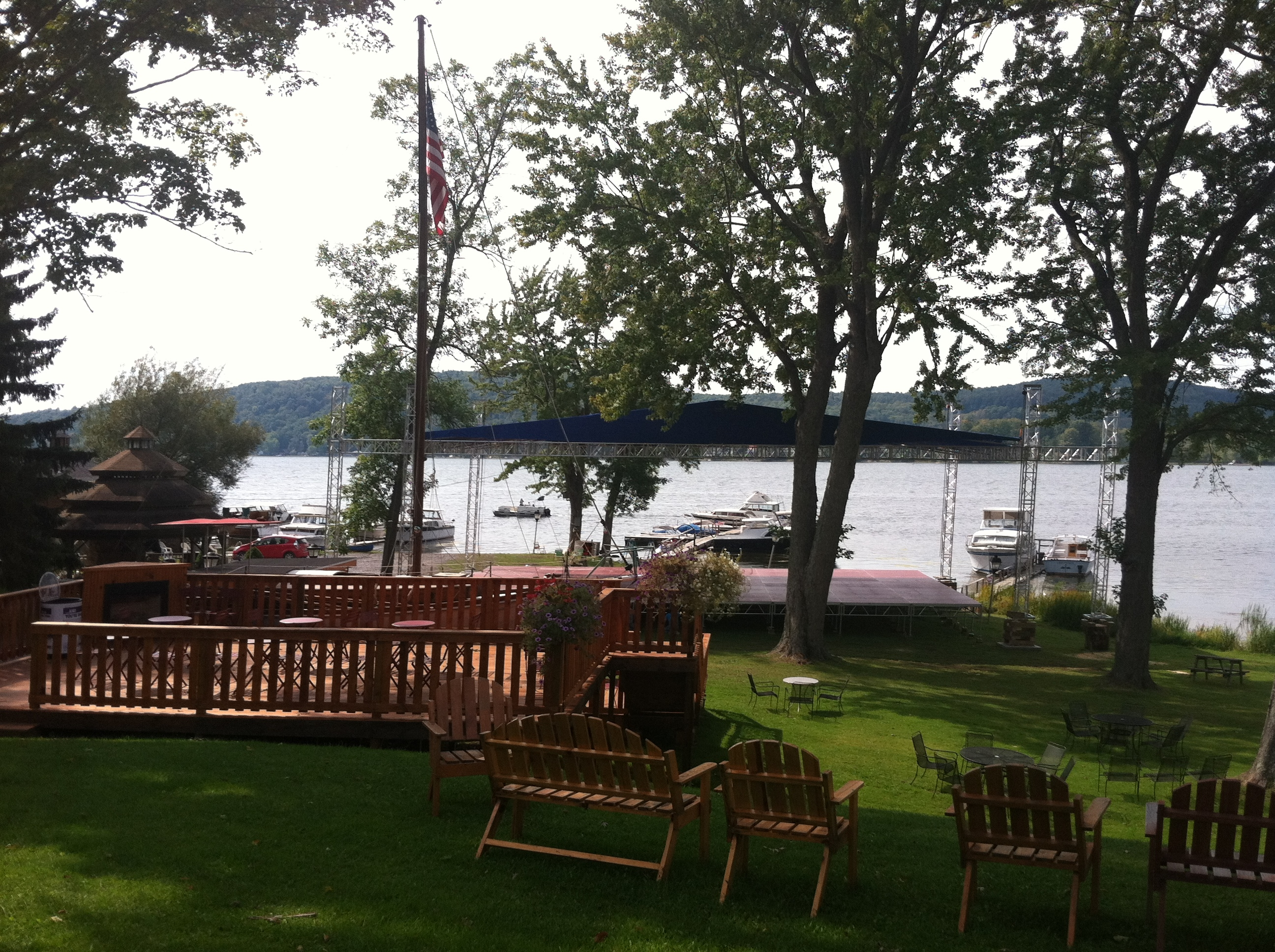 The Lake House Lodge, Restaurant & Hotel image 16