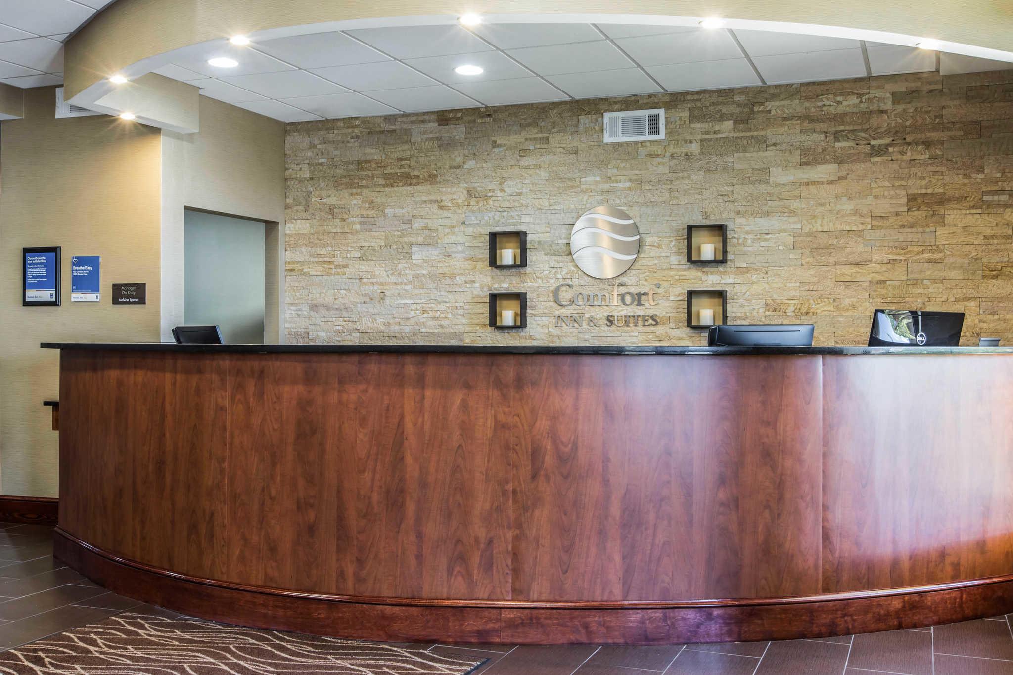 Comfort Inn & Suites West image 5