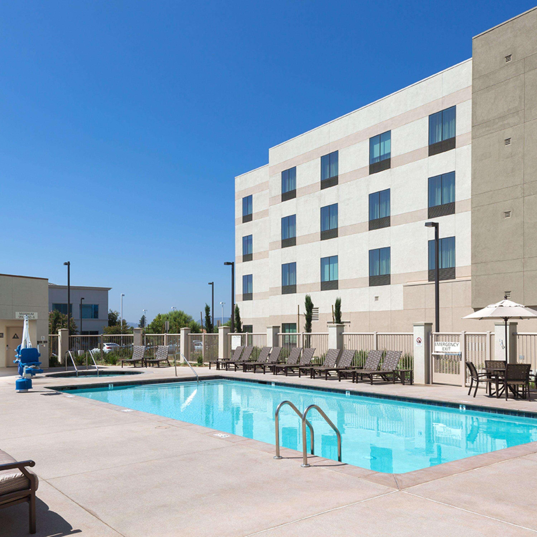 Hampton Inn & Suites Murrieta Temecula image 7