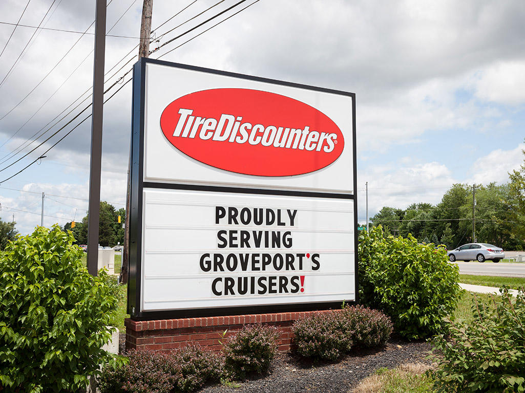 tire discounters at s hamilton rd