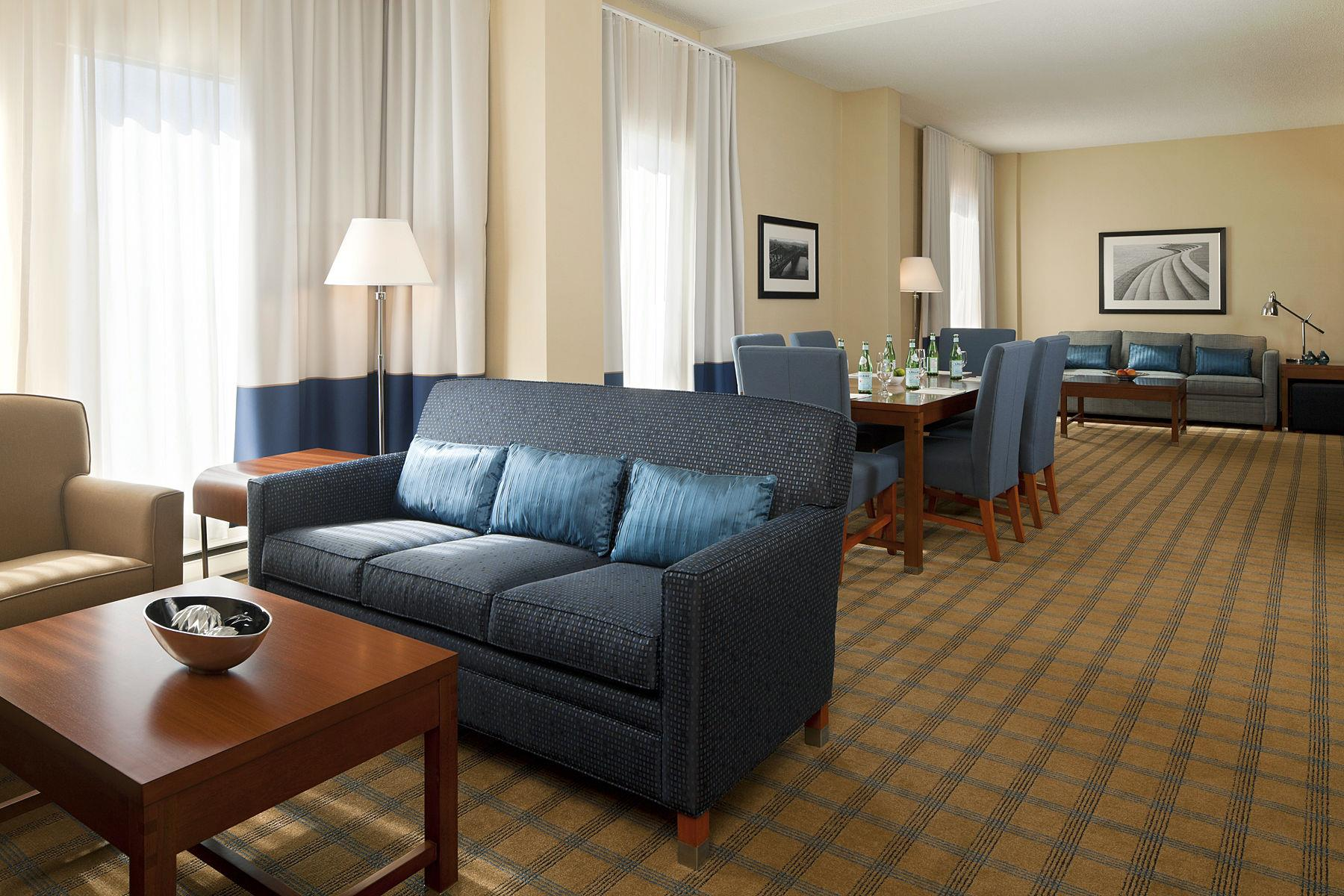 Four Points by Sheraton Hotel & Conference Centre Gatineau-Ottawa à Gatineau: Hospitality Suite