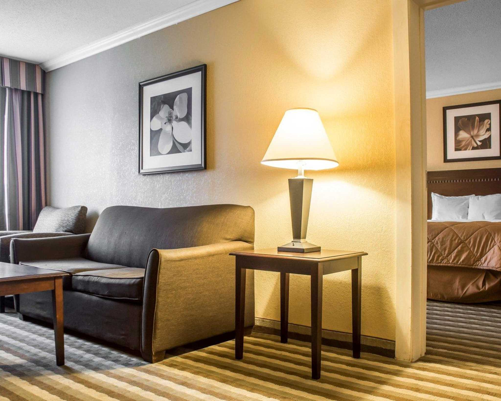 Quality Inn & Suites Fairgrounds image 16