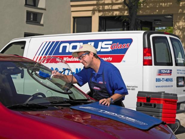 Novus Auto Glass image 0