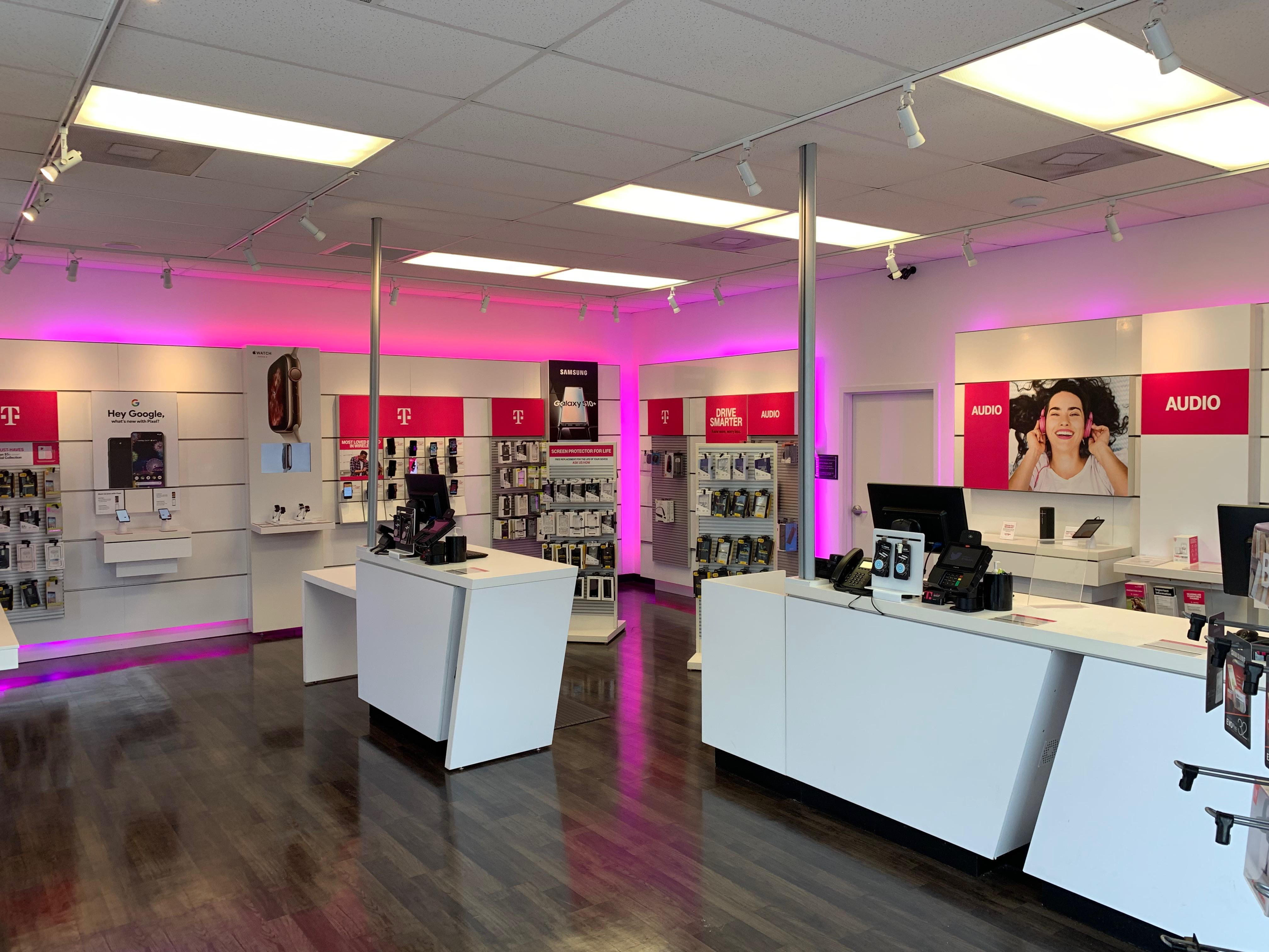 Cell Phones Plans And Accessories At T Mobile 4214 Indian