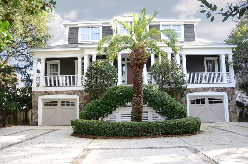 Isle of Palms Vacation Rentals by Exclusive Properties image 75