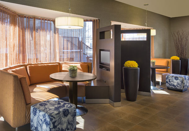 Courtyard by Marriott Detroit Southfield image 9