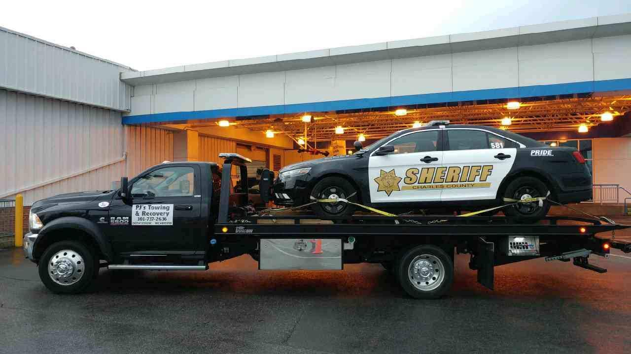 PJ's Towing & Recovery image 6