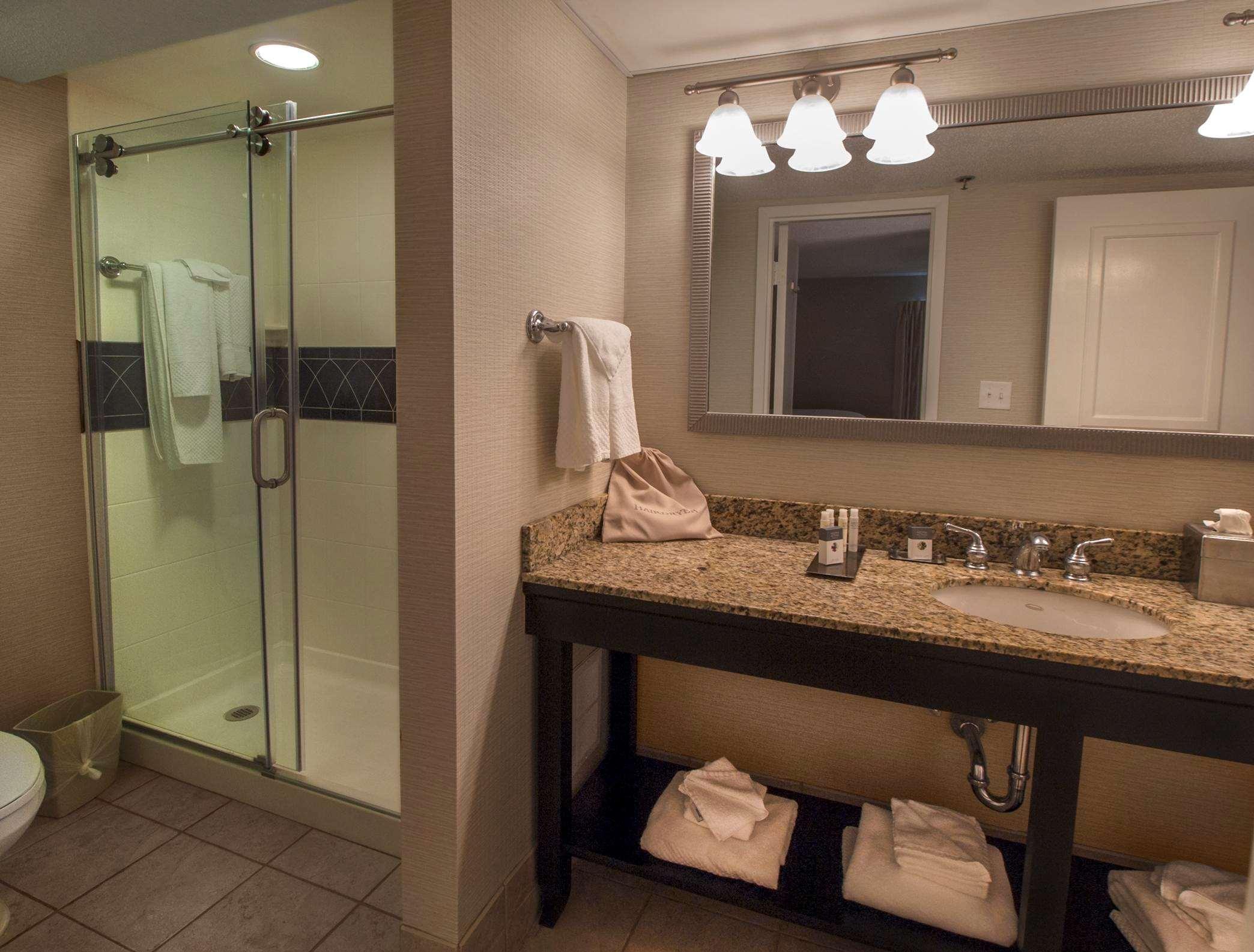 DoubleTree by Hilton Hotel Buffalo - Amherst image 15