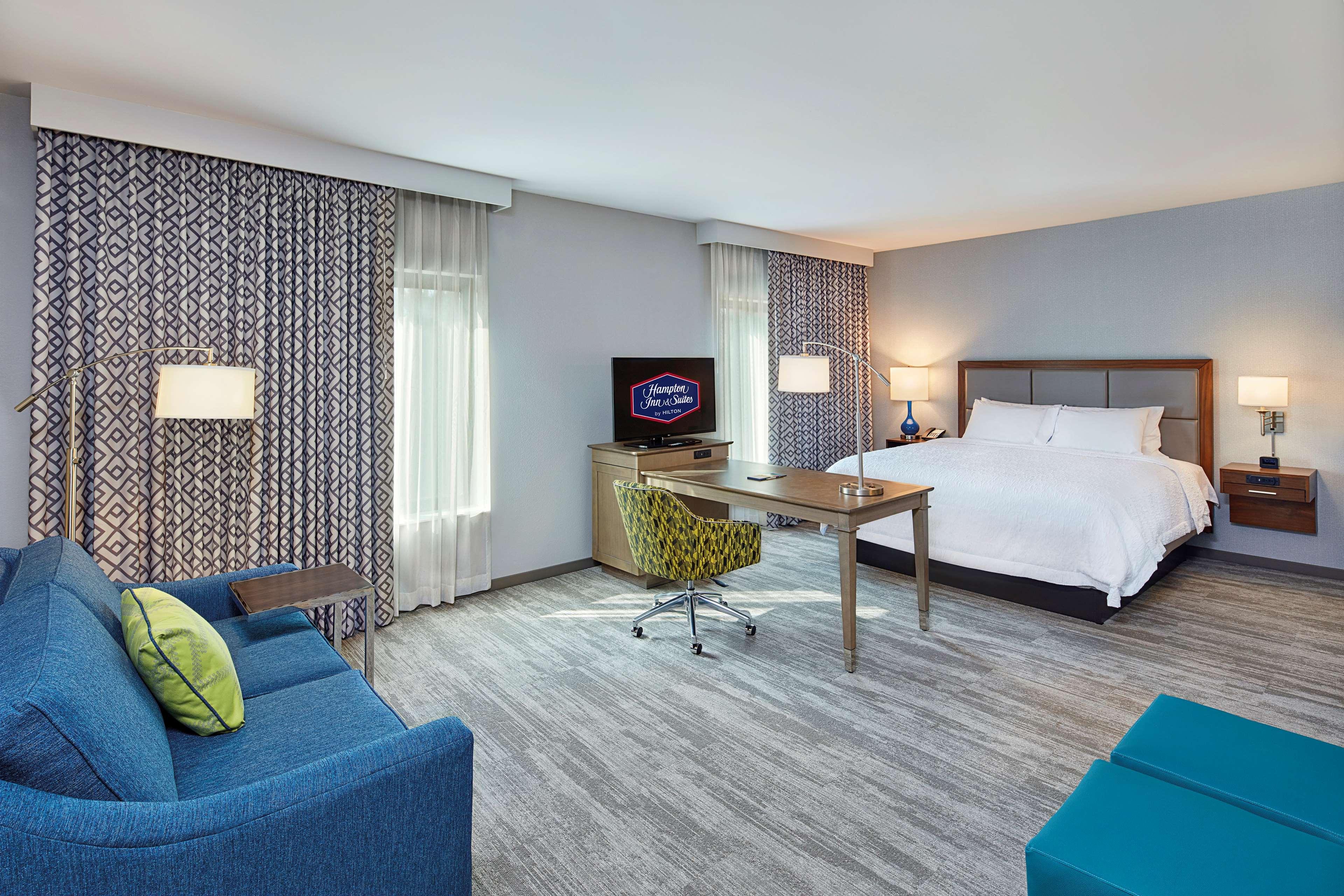 Hampton Inn & Suites Sacramento at CSUS image 22