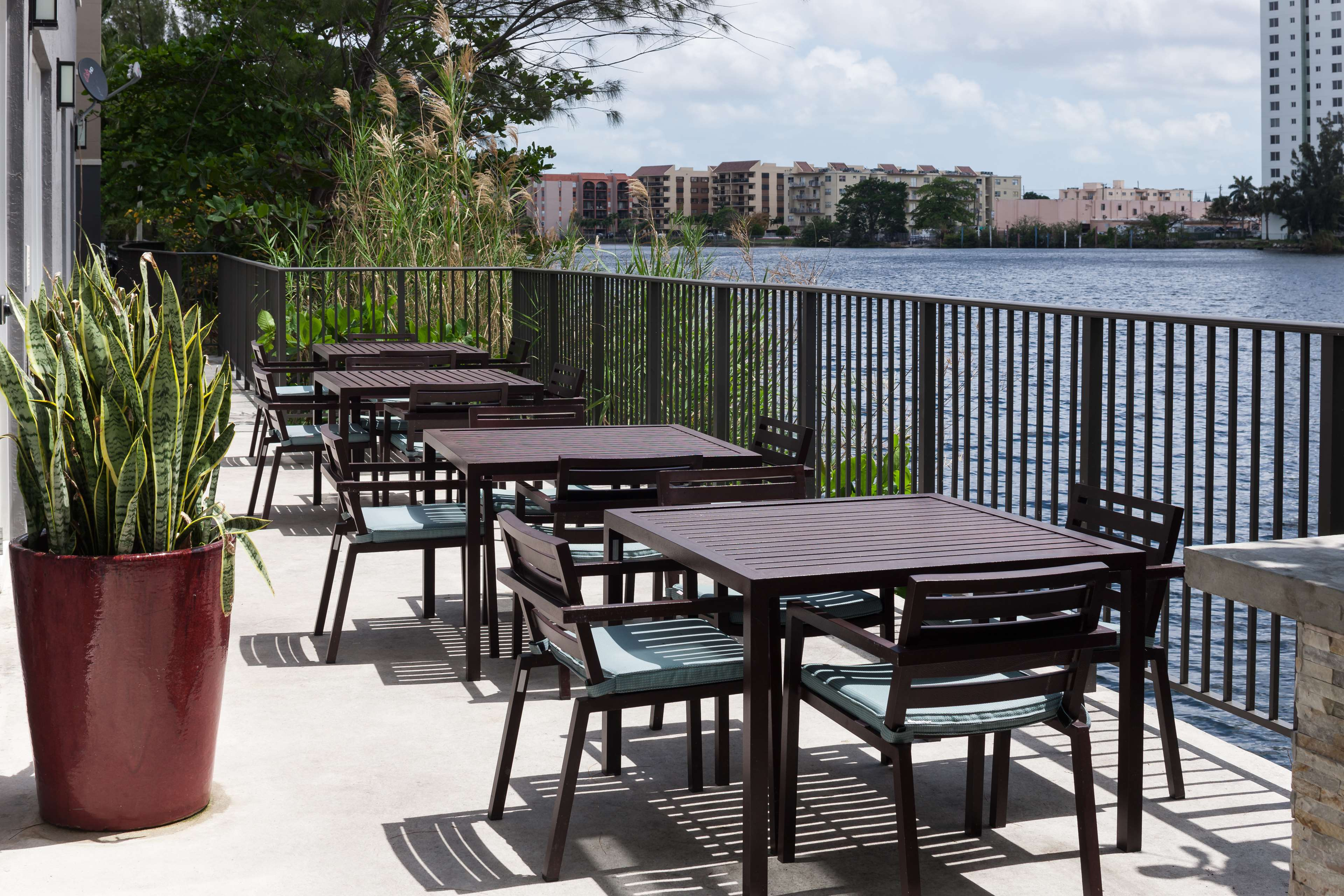 Homewood Suites by Hilton Miami-Airport/Blue Lagoon image 34