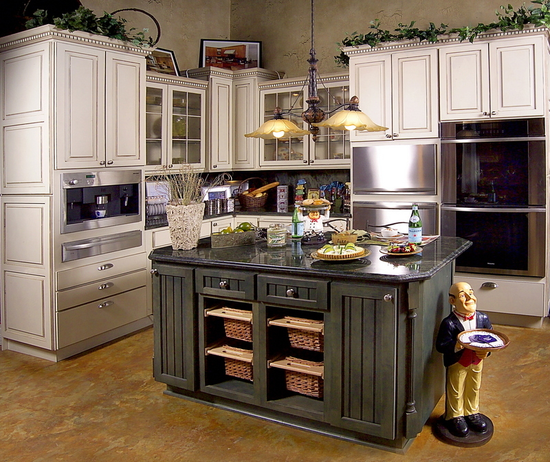 Kitchen designs and more coupons near me in weston 8coupons for Kitchen ideas near me
