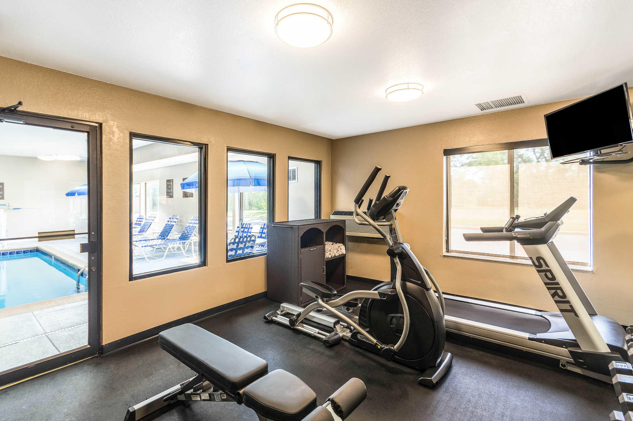Comfort Inn & Suites North Aurora - Naperville image 35