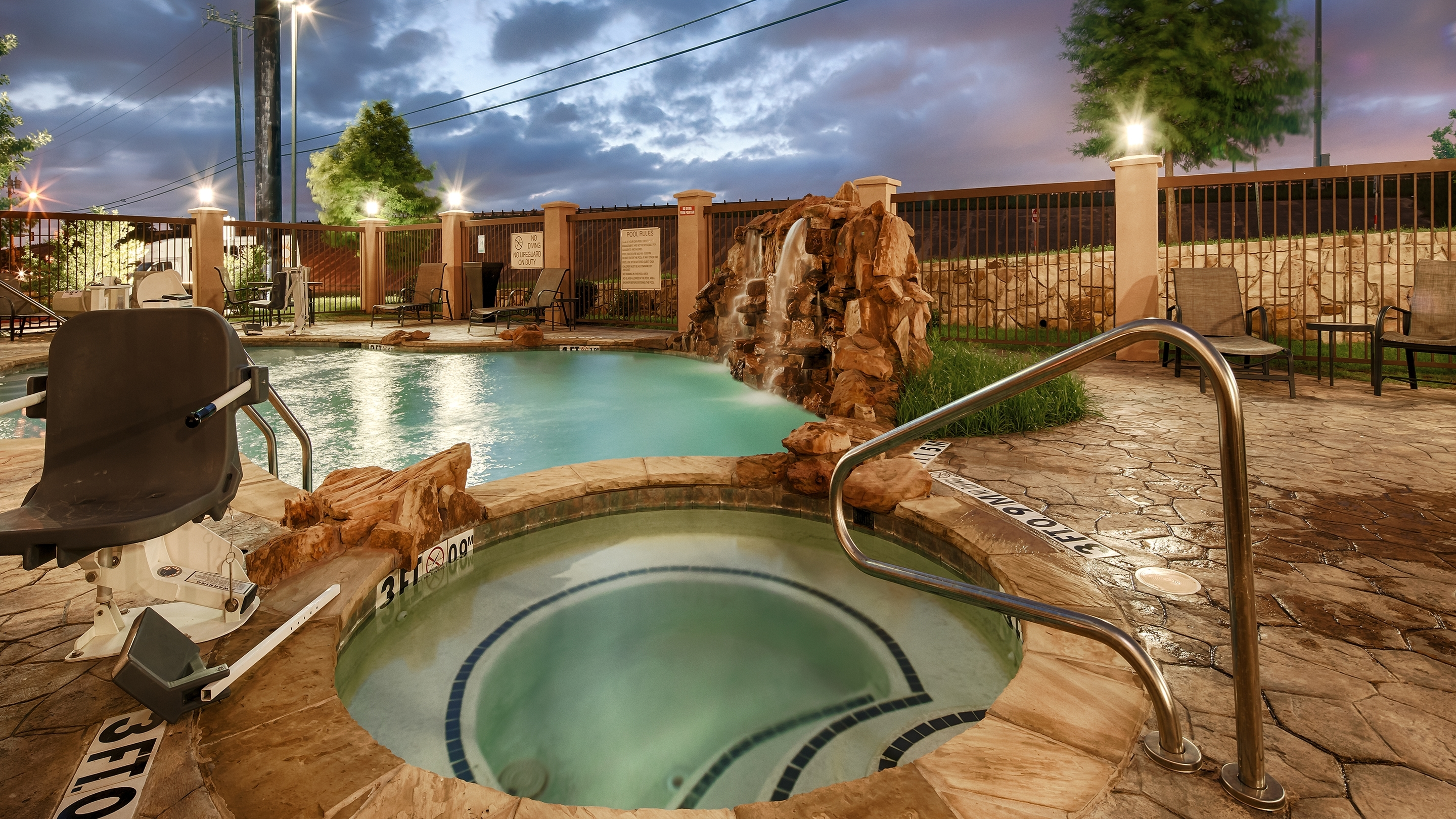Best Western Plus DFW Airport West Euless image 7