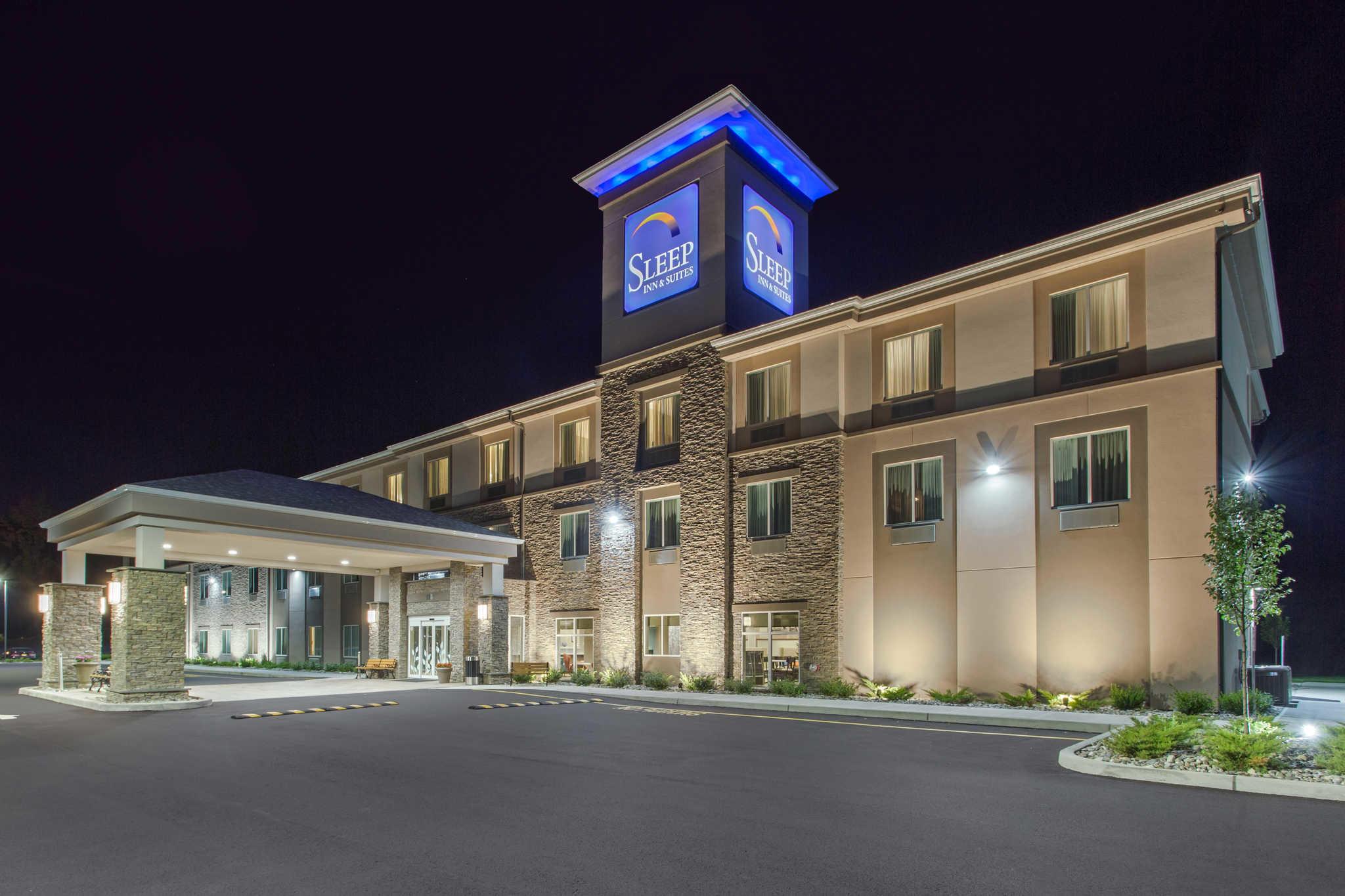 Sleep Inn & Suites Monroe - Woodbury image 5