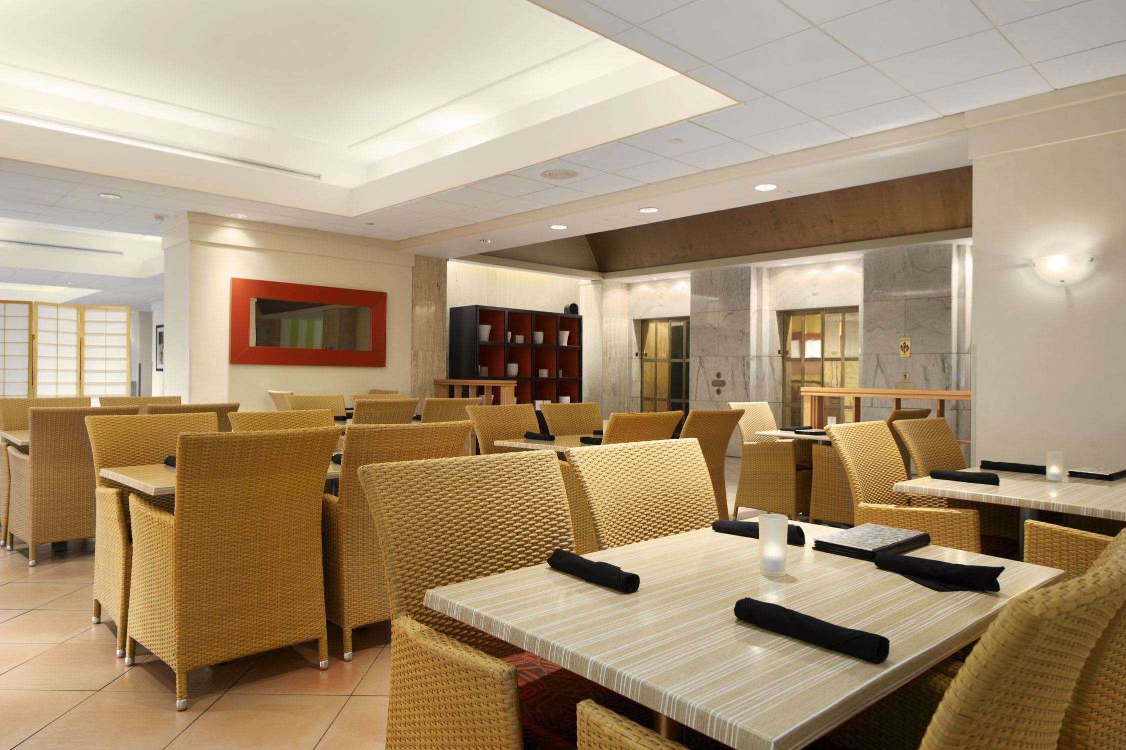 Embassy Suites by Hilton Tampa Airport Westshore image 12