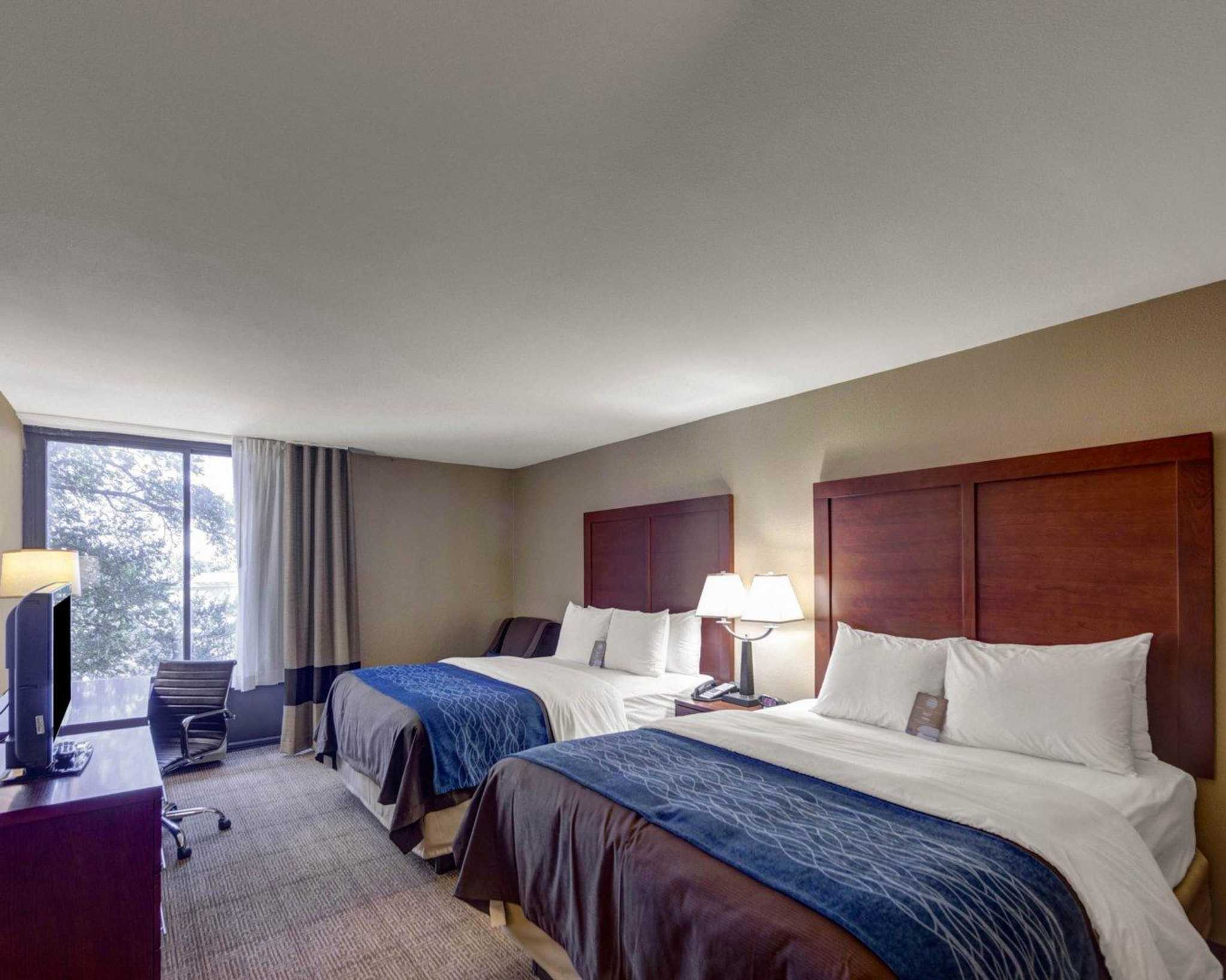 Comfort Inn & Suites Plano East image 44