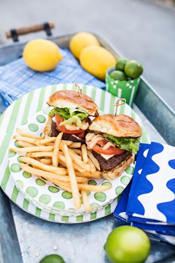 Aioli Gourmet Burgers image 31