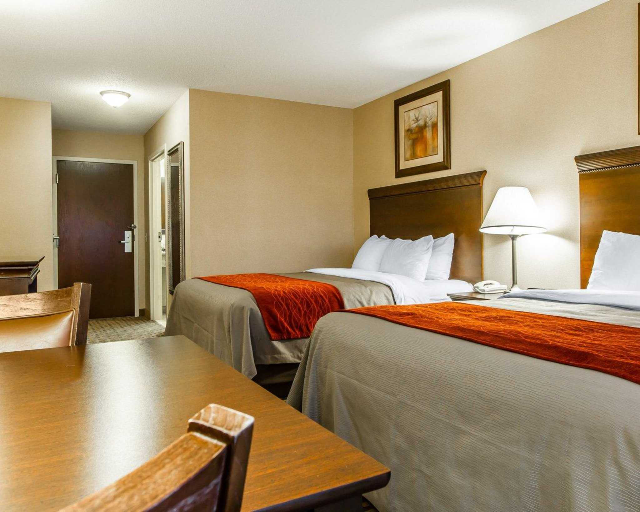 Hotel Room With Suites Near Millbrook On