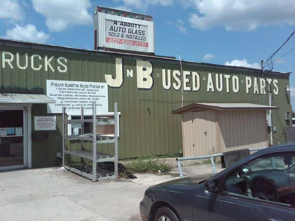 J and B Used Auto Parts image 0