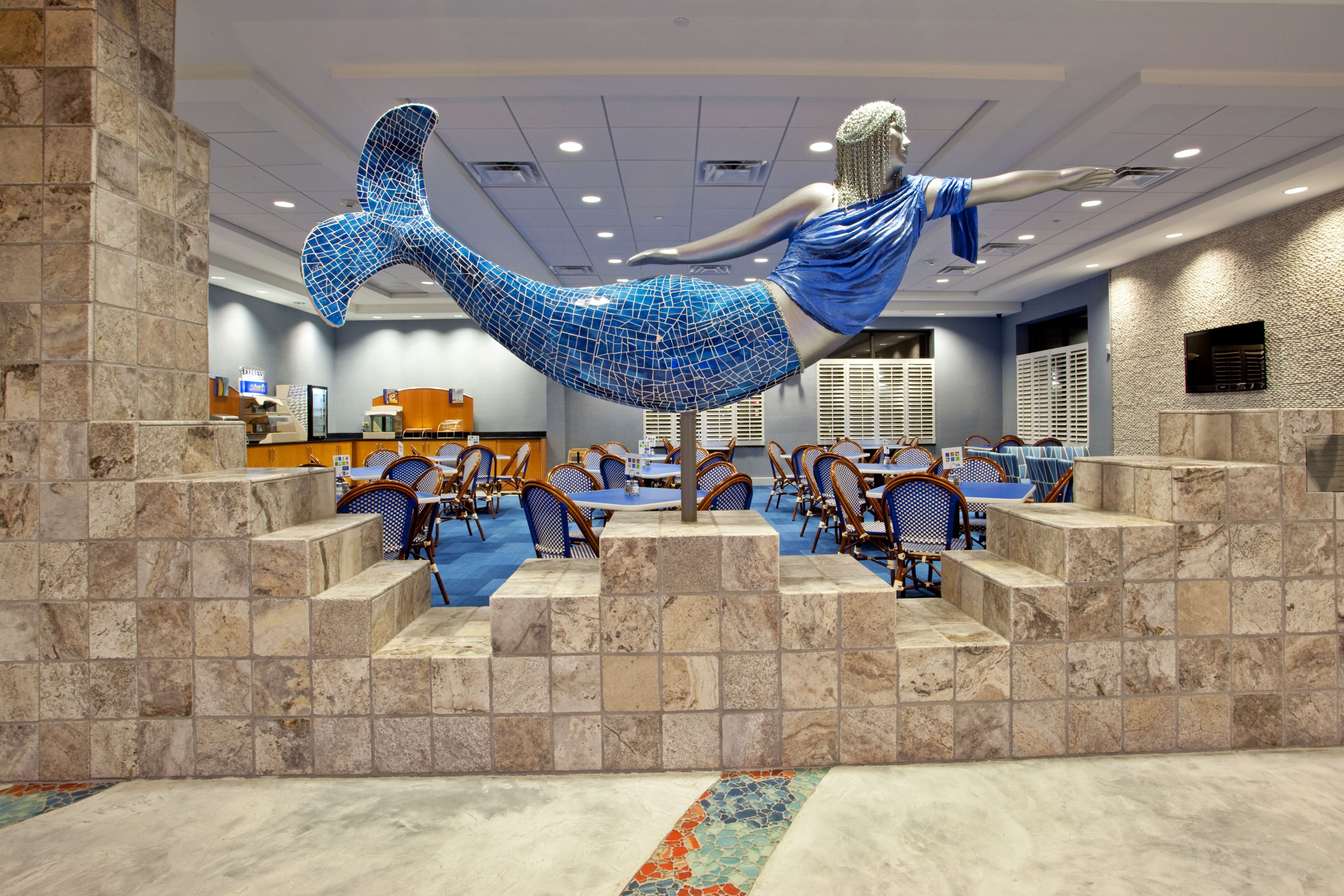 Holiday Inn Express & Suites Norfolk Airport image 7