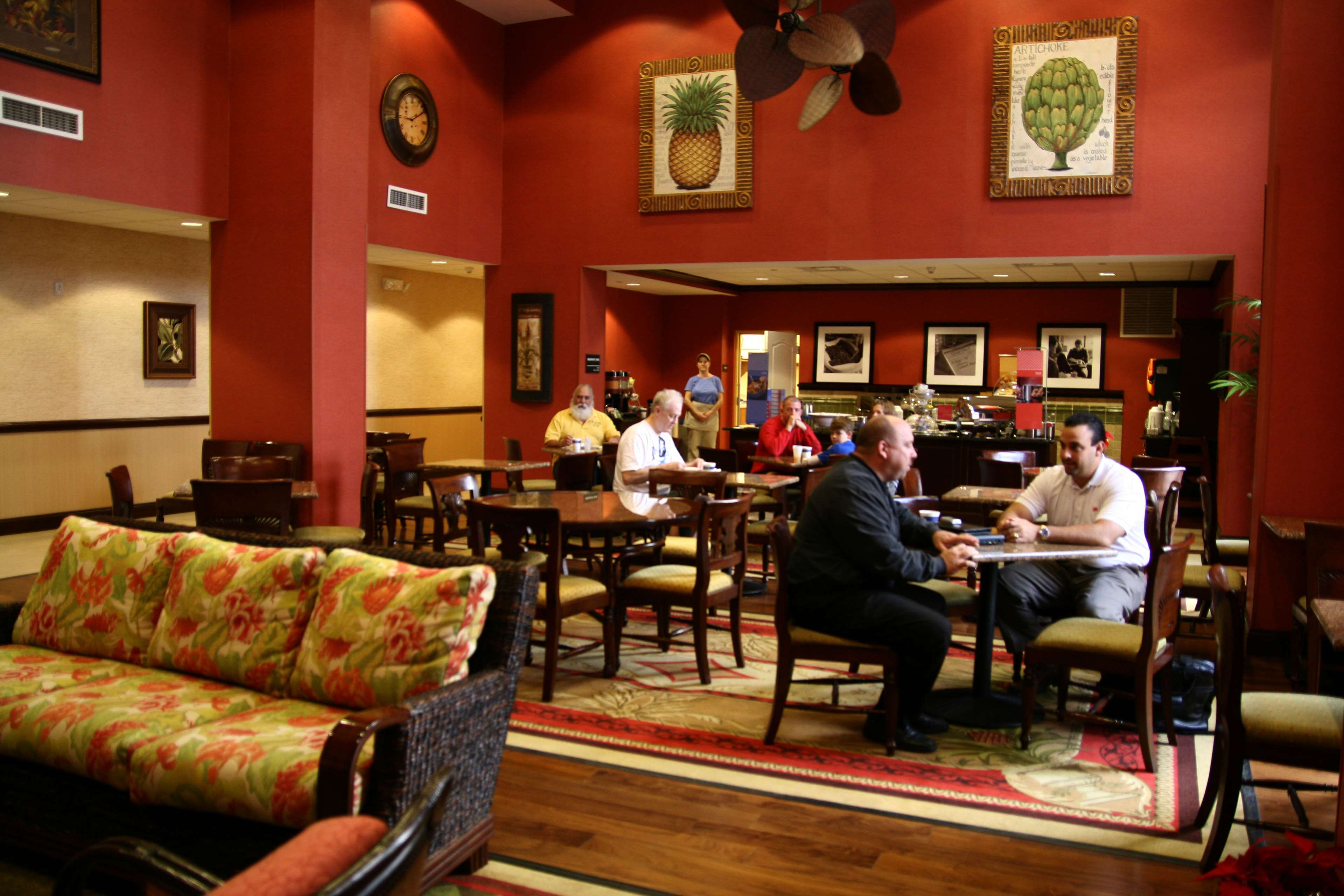 Hampton Inn & Suites Tampa-Wesley Chapel image 16