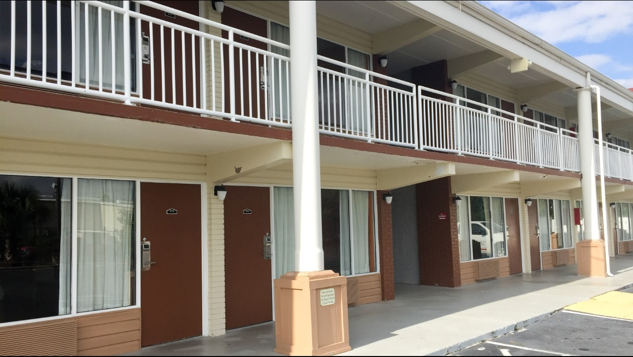 Motel 6 Brunswick Ga 3040 Scarlett Street Hotels Motels Mapquest