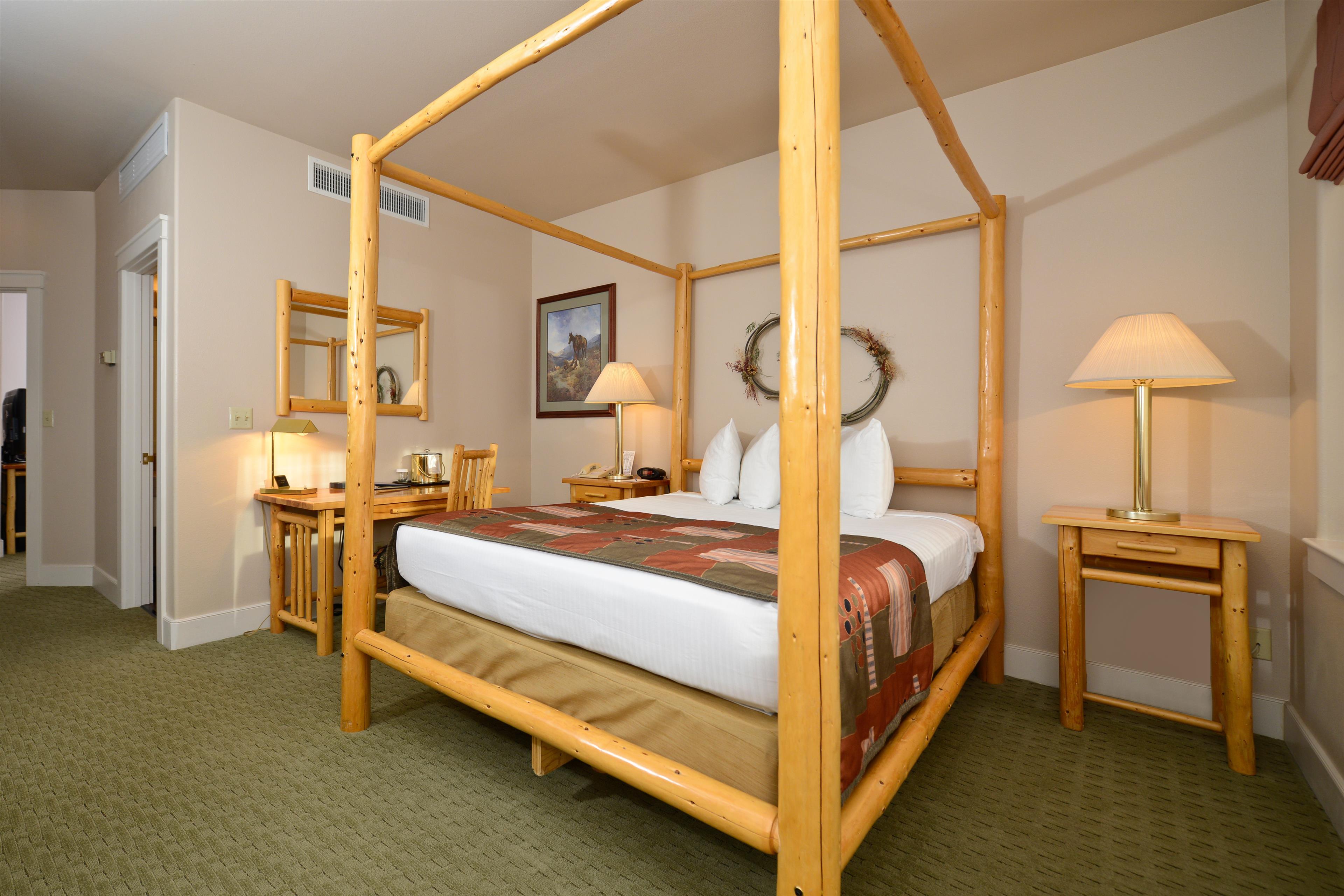 Best Western Plus Plaza Hotel image 25
