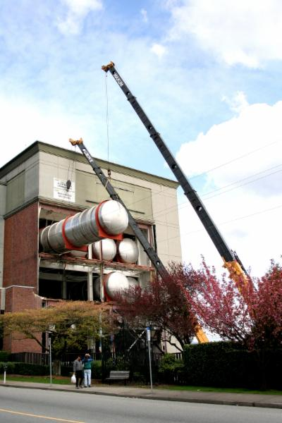 Litz Crane Service Ltd in Port Coquitlam