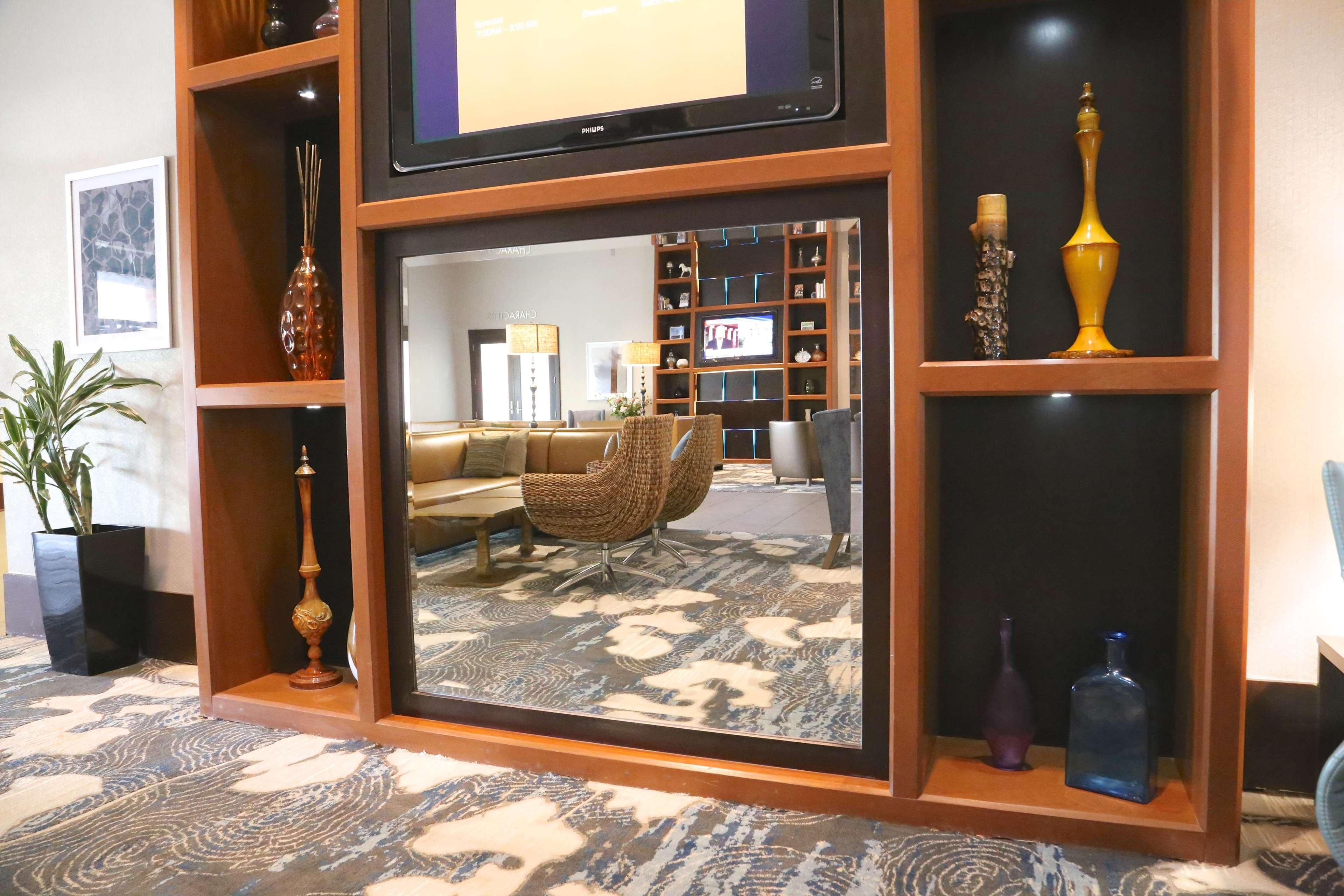 DoubleTree by Hilton Boston - Andover image 32