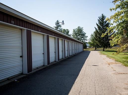 National Storage Centers of Highland image 3