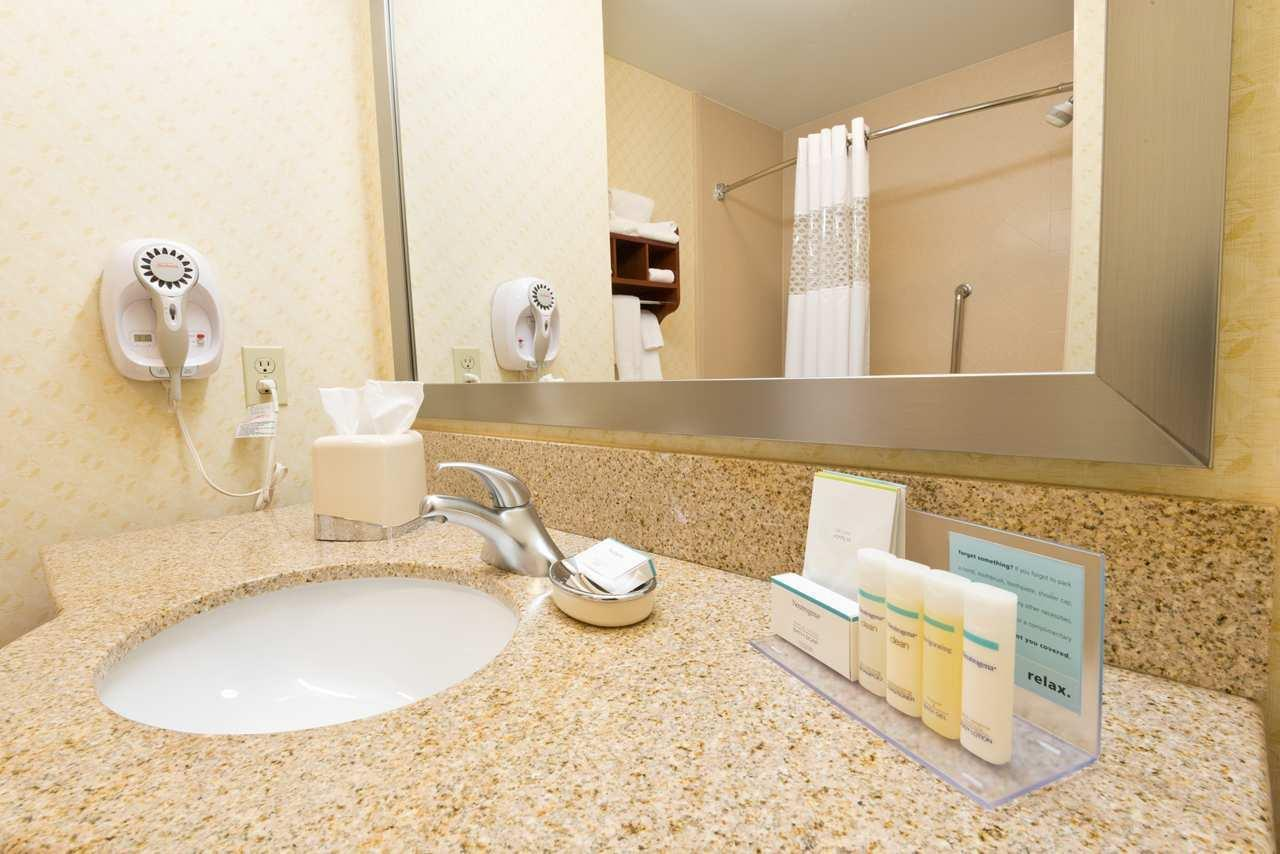 Hampton Inn & Suites El Paso West image 15