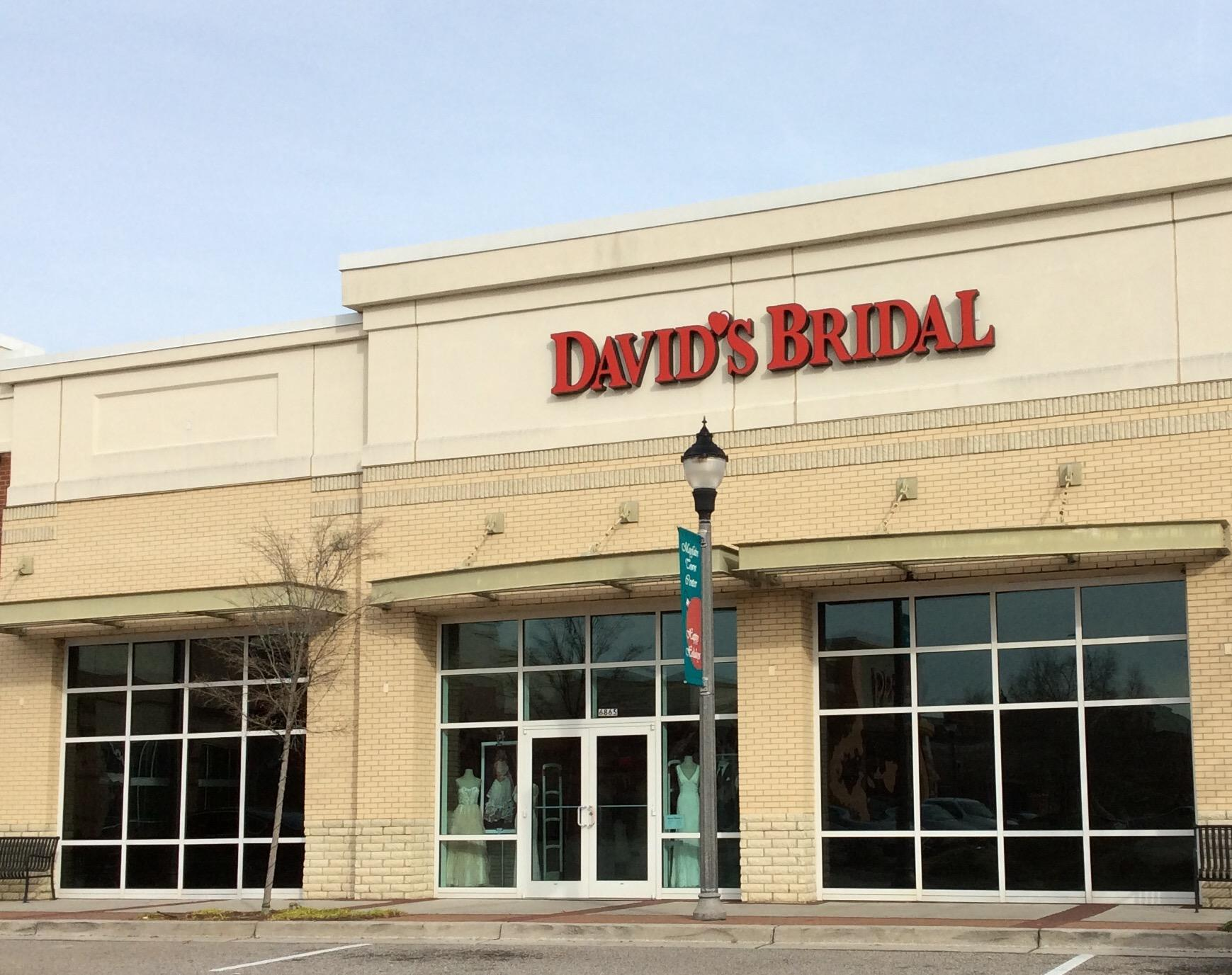 David39s bridal in wilmington nc 910 509 4 for Wedding dress shops in wilmington nc