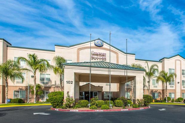 Rolling Hills Casino in Corning California on Interstate