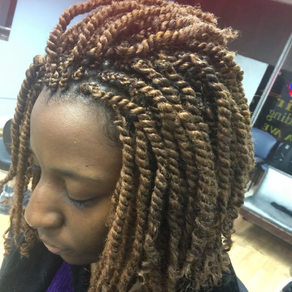 Aisha Hair Braiding image 4