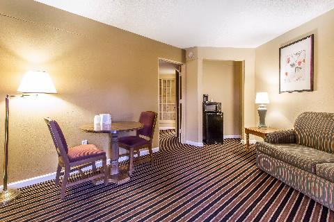 Hotels Near Gilbertsville Ky