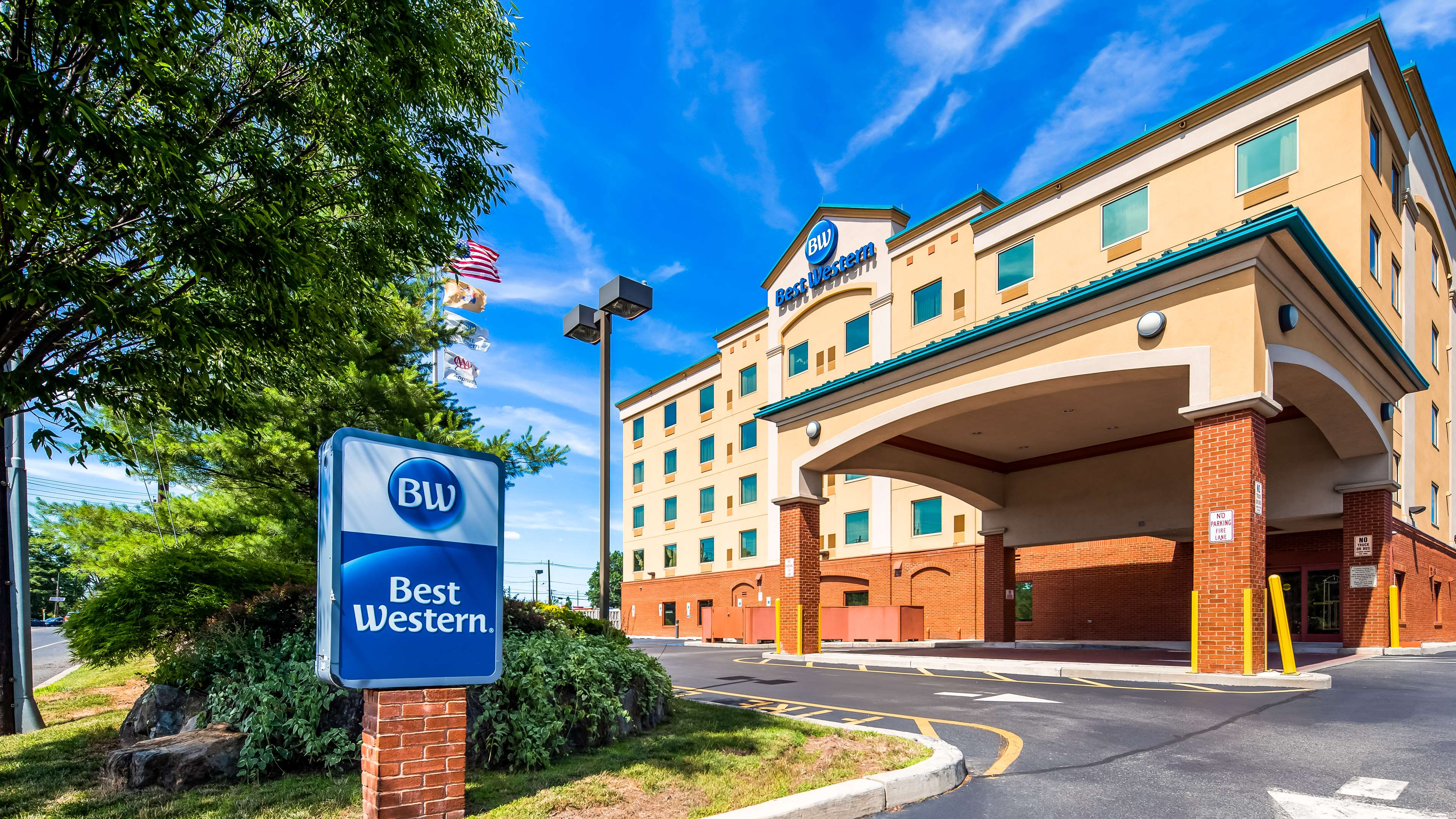 Best Western Riverview Inn & Suites image 0