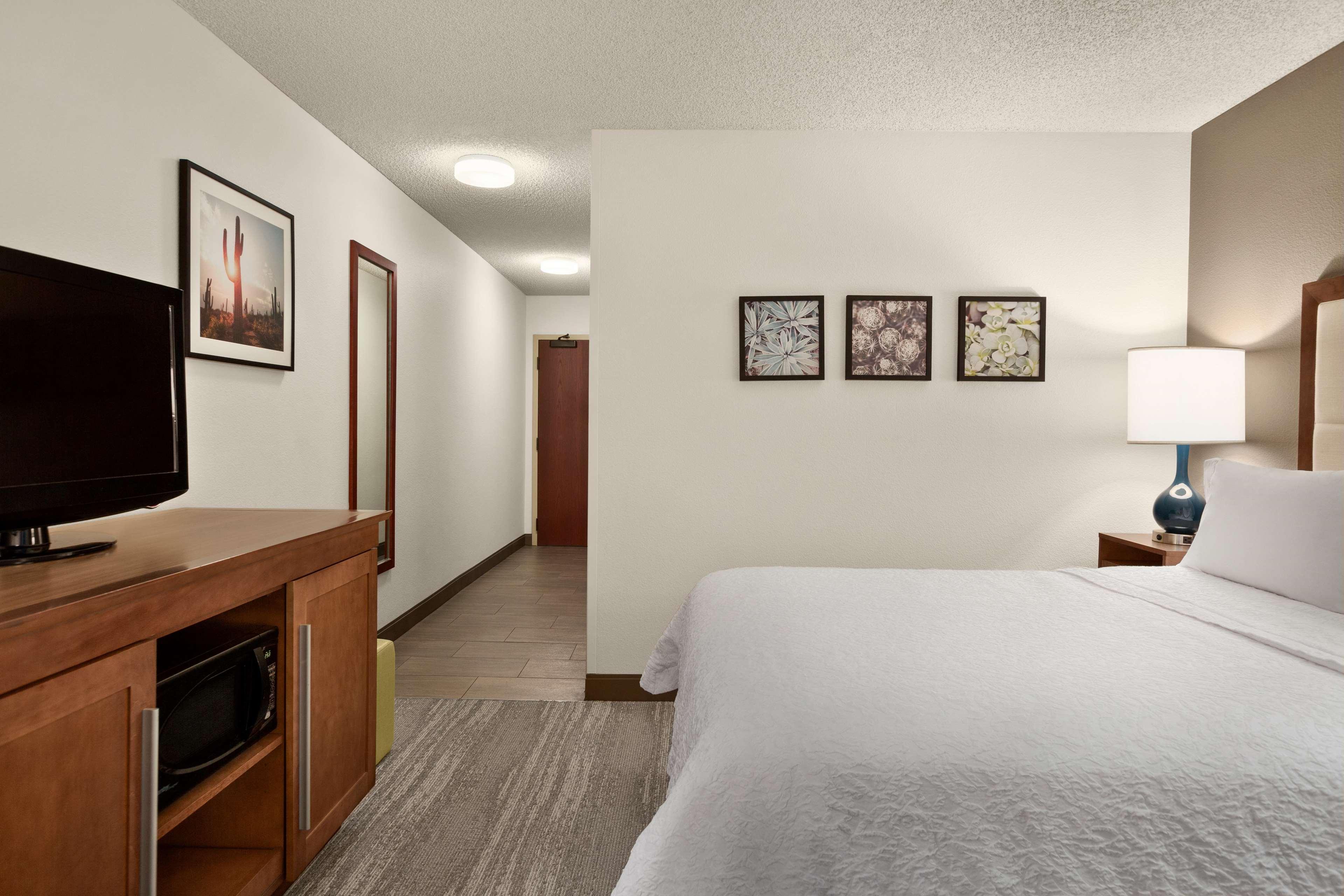 Hampton Inn Phoenix-Midtown-Downtown Area image 24