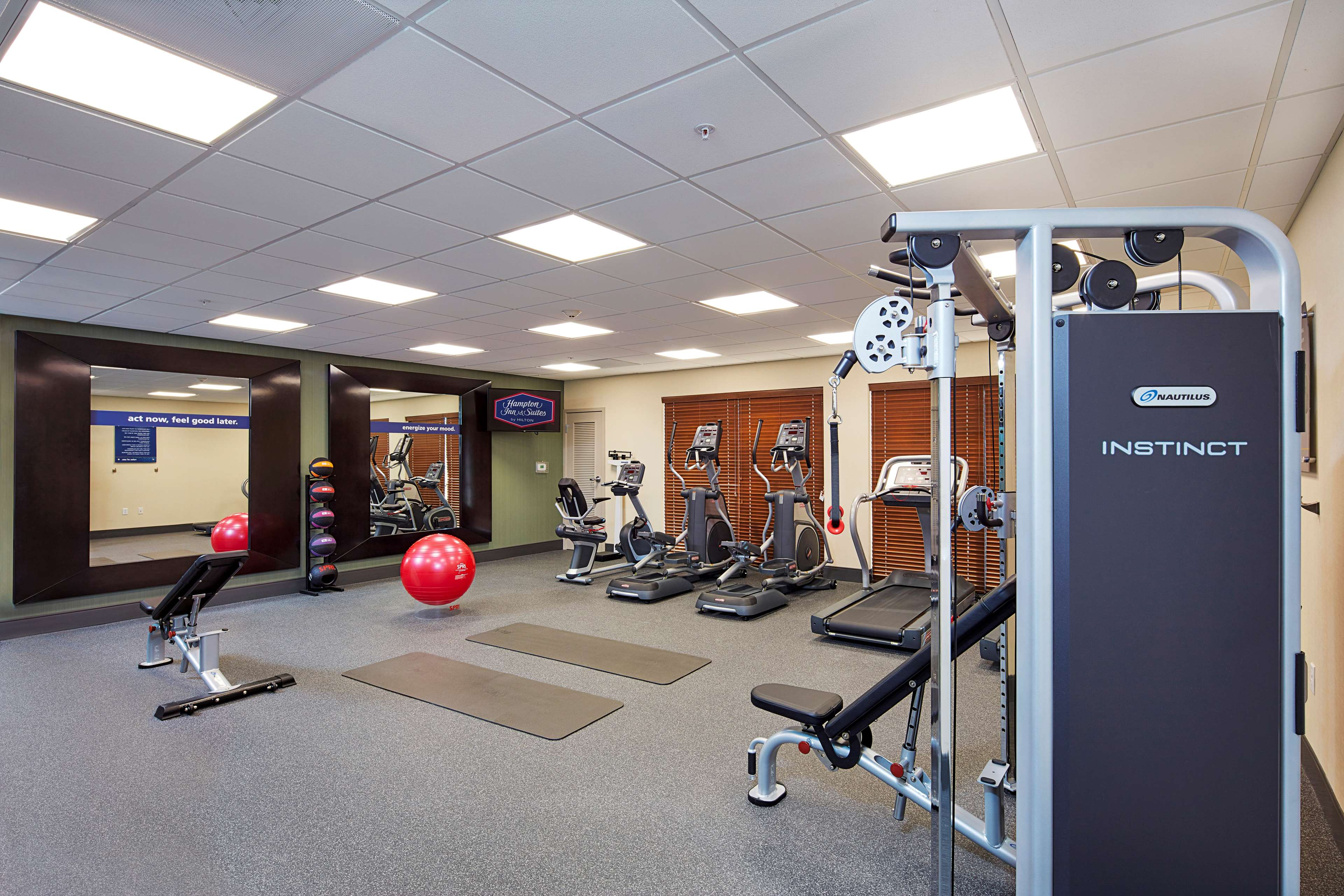 Hampton Inn & Suites Sacramento at CSUS image 18
