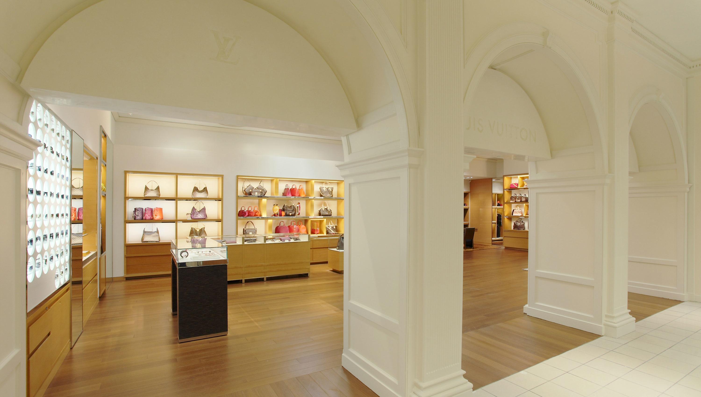 Louis Vuitton Chevy Chase Saks image 0