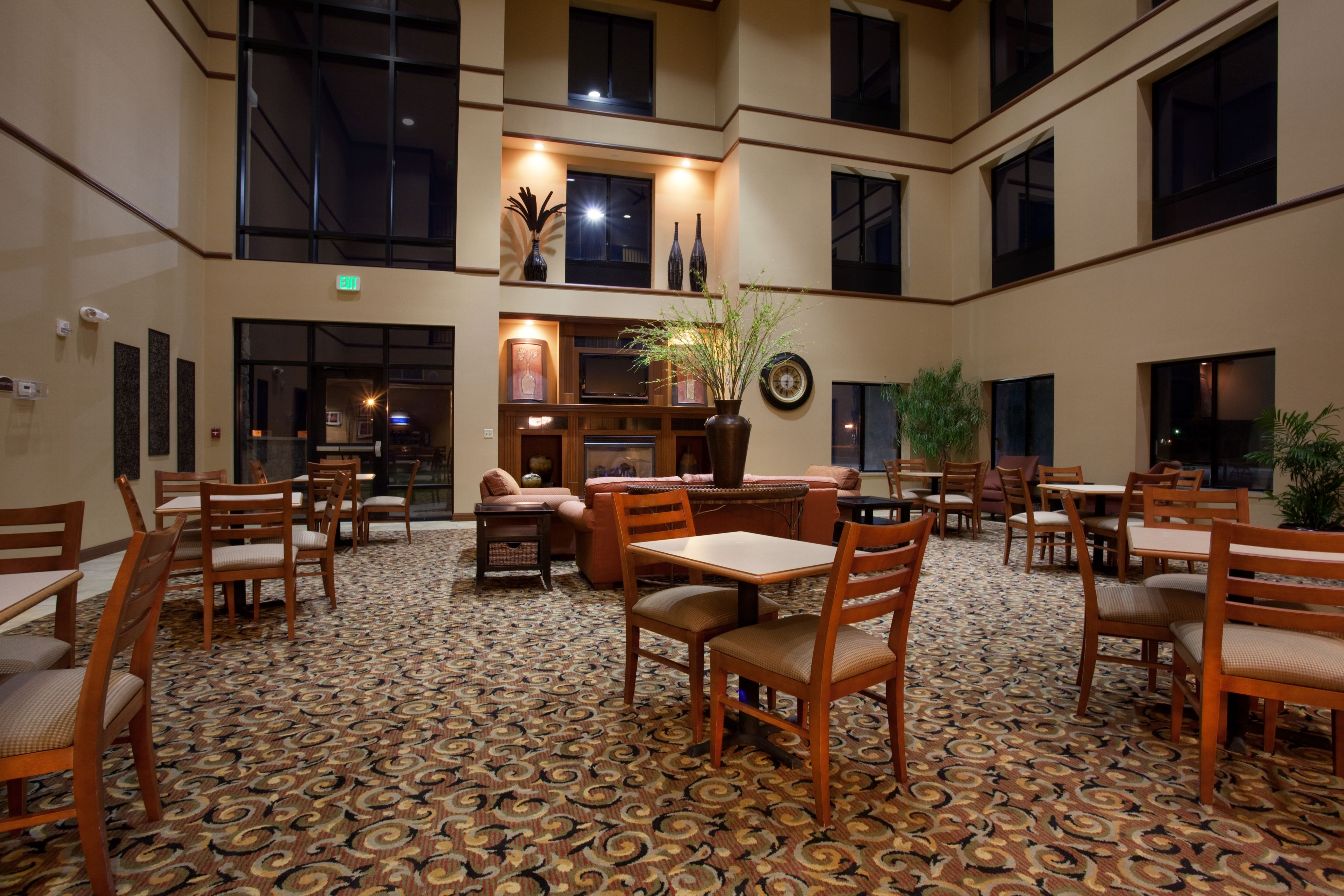 Holiday Inn Express & Suites Goodland image 4