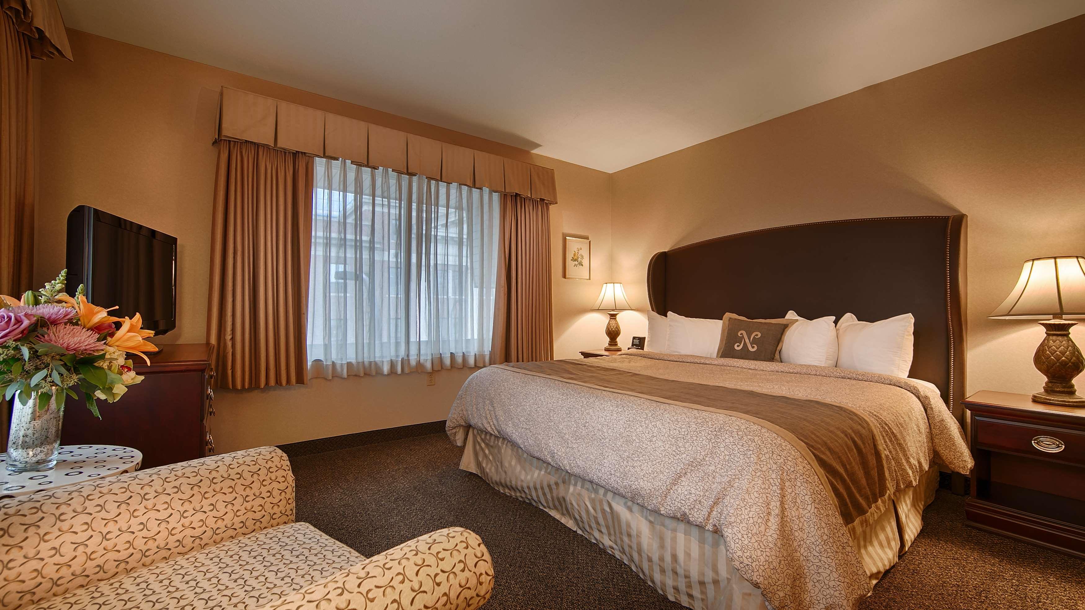 Best Western Plus The Normandy Inn & Suites image 5