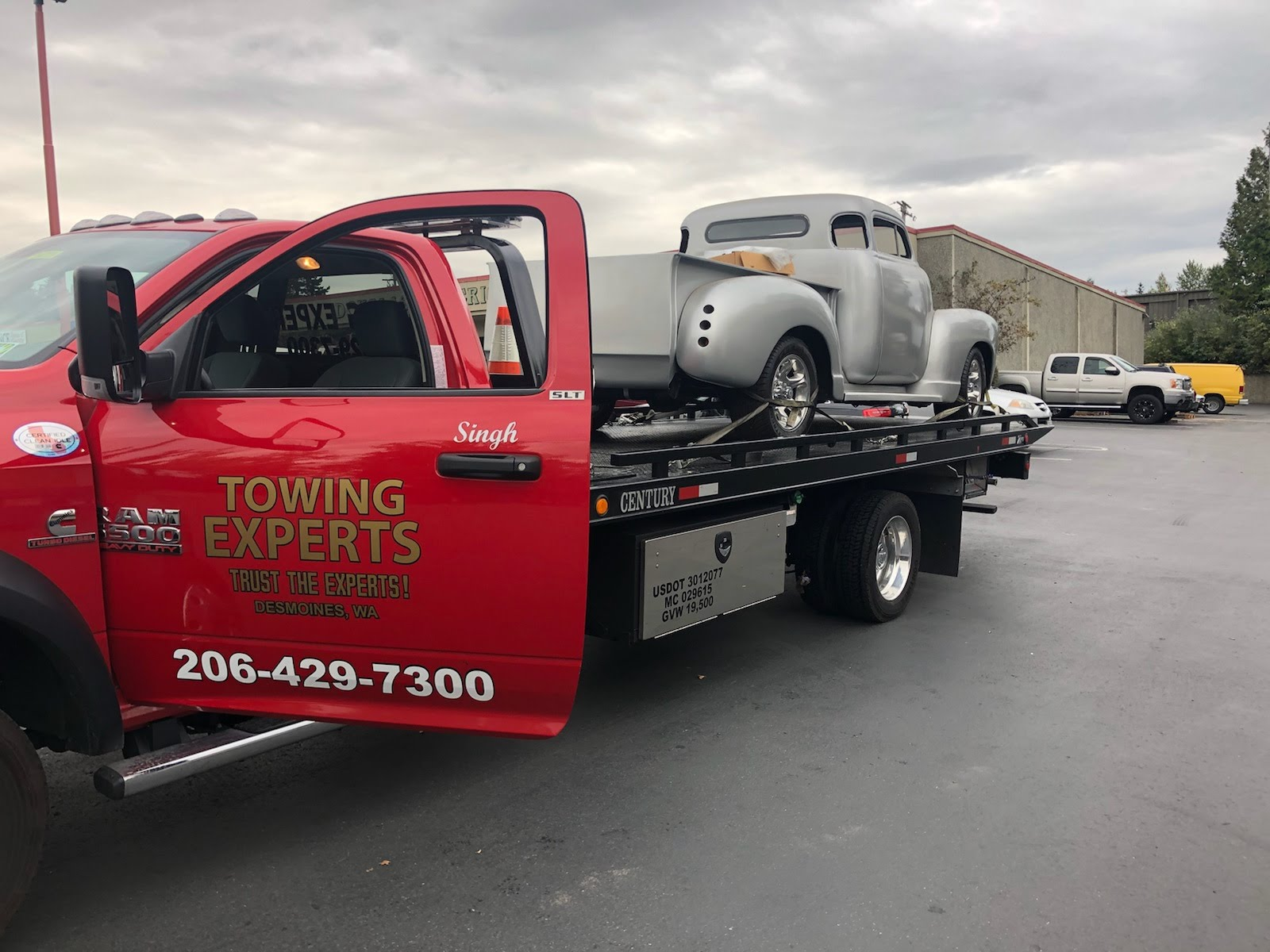 The Towing Experts image 1