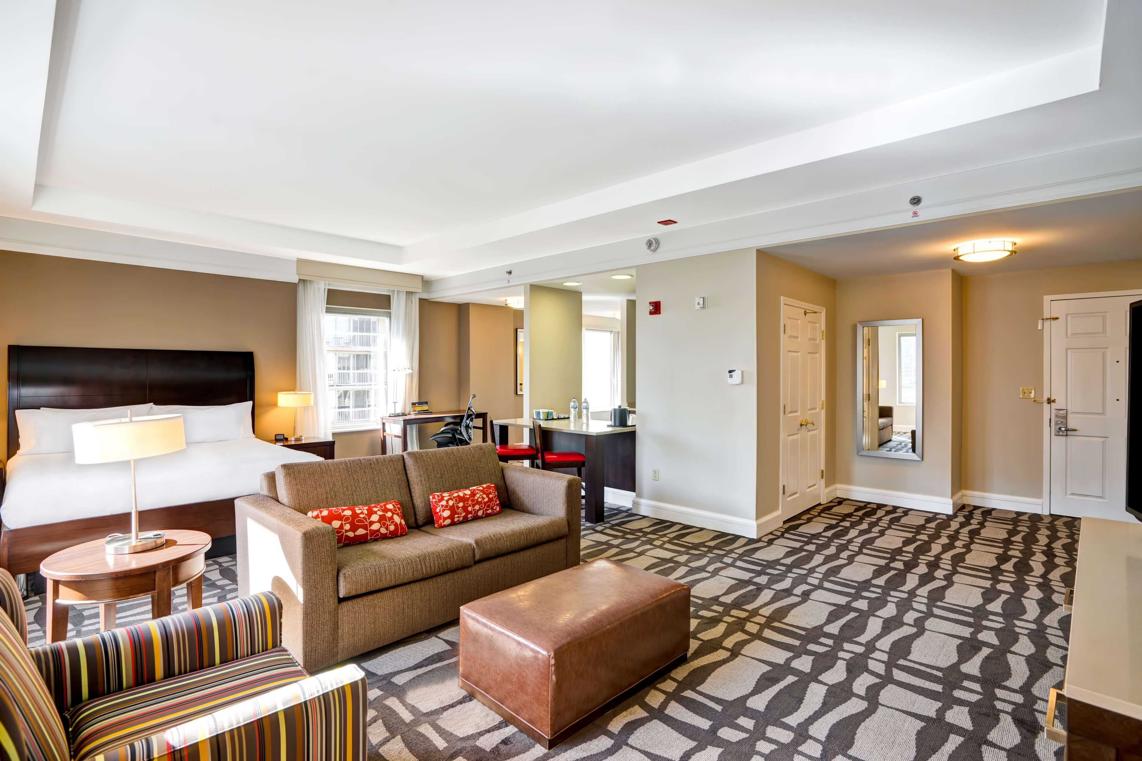 Hilton Garden Inn Chicago Downtown/Magnificent Mile image 16